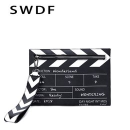 $enCountryForm.capitalKeyWord NZ - Black & White Fashion Movie Prop Design Pu Leather Casual Women's Clutch Bag Envelope Bag Shoulder Crossbody Messener
