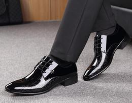 Design Patterns For Dresses Australia - Men Dress Shoes check design Pattern Elegant Mens Formal Shoes Leather Classic Designer Suit Shoes For Wedding Party size 39-45