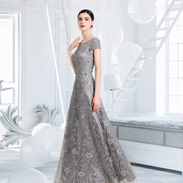 $enCountryForm.capitalKeyWord Australia - Elegant Silver Gray Mother of the Bride Dresses Floral Lace Mother's Dresses High Quality 2019 New Arrival