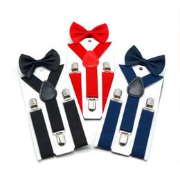 Bretelle per bambini con papillon Bowtie Set cravatte di corrispondenza Abiti 7 colori Regolabili ed elastici Regali di vendita caldi Spedizione gratuita in Offerta
