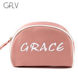 $enCountryForm.capitalKeyWord Australia - GFLV Brand 2019 New Fashion Letter Cosmetic Cases Portable Women Travel Makeup Bag Black Organizer Bag Zipper Cosmetic Case