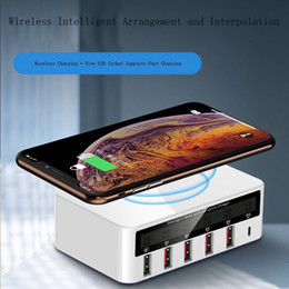$enCountryForm.capitalKeyWord Australia - Best wireless 5 USB ports 10A fast charge quick QI QC3.0 charge power bank LCD Display QC Wireless Charger for smart mobilephone android ios