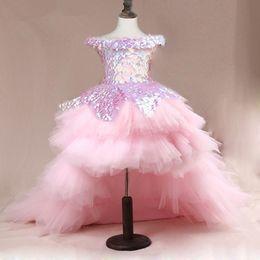 Großhandel High Low Mädchen Festzug Kleider Spitze Applique Sleeveless Blumenmädchenkleider für Hochzeit Lila Tüll Puffy Pailletten Kinder Kommunion Kleid 2019