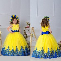 White floWer girl dresse online shopping - 2019 Yellow Girls Pageant Dresses Gowns Appliques Sash Bow Ball Gown Flower Girl Dresses Floor Length Girls Birthday Princess Dresse