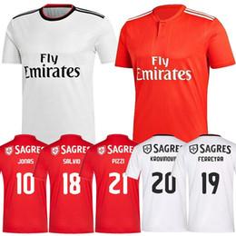 c0630bddf001f Camisetas de fútbol Benfica 10 Jonas 18 Salvio 19 FERREYRA 20 KROVINOVIC 21  Pizzi Fútbol Ropa deportiva Camisetas personalizadas