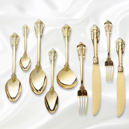 $enCountryForm.capitalKeyWord Australia - Retro Vintage Embossed Carve Gold Tableware Set 304 Stainless Steel Silver Gold Knife Forks Western Food Dinner Cutleries 4pcs D19011702