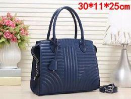 $enCountryForm.capitalKeyWord Australia - 2019 Lady Hand bag PU Leather Handbags Designer Fashion Lady Shoulder Bags Women Wallet Clutch Tote bag blue Vertical stripe Casual Tote