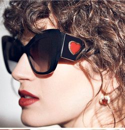 $enCountryForm.capitalKeyWord NZ - Ladies Luxury Cat Sunglasses Men New Trending Sweet Love Red Heart Sun Glasses Shade for Women 2019 Brand Design Eyewear NX