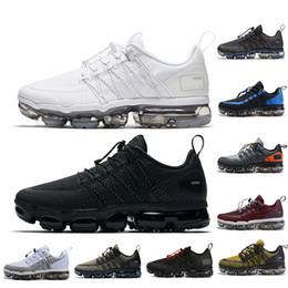$enCountryForm.capitalKeyWord Australia - New Run UTILITY running shoes for men triple white black REFLECTIVE Medium Olive Burgundy Crush designer mens trainers sports sneakers