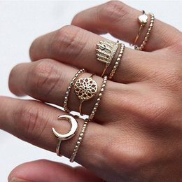 $enCountryForm.capitalKeyWord Australia - Exquisite Women Rings Heart Shape Crown Moon Dream catcher Hollow Geometric Gold Ring Set Female Joint Jewelry Accessories