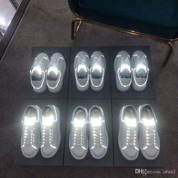 $enCountryForm.capitalKeyWord Australia - Luxury Designer Women Mens Reflective Casual Shoes Dress Shoes for Men Platform Designer Shoe Leather Lace Up Wedding Daily Sneaker 35-45