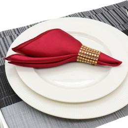Vente en gros 30 cm Serviette De Table Carré Satin Tissu Mouchoir De Poche Tissu pour la Décoration De Mariage Événement Fête Hôtel Fournitures de Maison