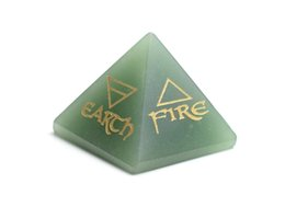 China Natural Chakra Green Aventurine Carved Crystal Healing Pyramid Engraved Reiki 4 Elemental of Earth Water Air Fire with a Free Pouch supplier pyramid crystal decorations suppliers