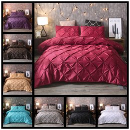 Plain Pink Black Bedding Australia - Grey Black Duvet Luxury Bedding Set Nordic Bed Cover Pinch Pleat Art Work Single Queen King Size 3 pcs with Pillowcase 80090