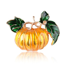 Wholesale Wedding Anniversary Gifts NZ - Halloween pumpkin brooches Charm Jewelry Fashion Brooches For Women hat clothing Brooch Corsage Wedding Jewelry Anniversary Gifts