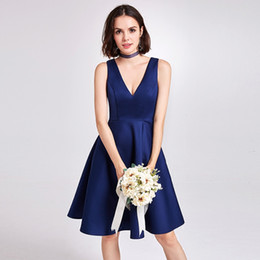 Sexy V Neck Satin Short Bridesmaid Dresses 2019 Knee Length Party Dress  Navy Blue Lavender Simple Gowns 87901363a