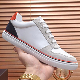 4178e9af1a26 2019 new custom fashion men s shoes top quality classic men s low to help  casual shoes design running shoes really leather upper