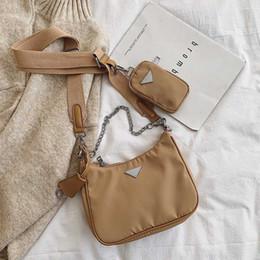 Vente en gros Sac à bandoulière rétro pour les femmes à la mode Vintage Nylon Sac à main Femme Petit Subaxillary Sacs Casual Retro Mini sac à bandoulière Bella