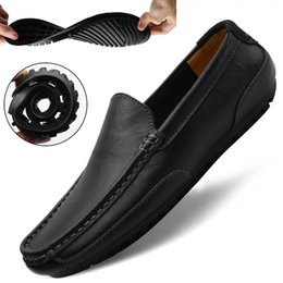 slip rubber shoes Canada - Genuine Leather Casual Shoes Men High Quality 2020 Mens Loafers Moccasins Breathable Slip on Black Driving Shoes Plus Size 37-47