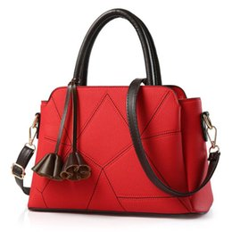 shoulders knots Australia - Hot Sale Fashion Women Leather Handbag Inclined Female Bow-knot Shoulder Bags Handbags Lady Shopping Tote Soft Messenger Bag