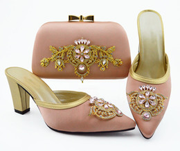 pink shoes rhinestones NZ - Good looking pink women dress shoes match handbag set with rhinestone and metal decoration african pumps and bag QSL009,heel 9CM