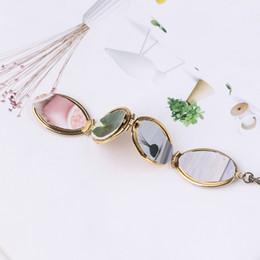 $enCountryForm.capitalKeyWord Australia - Magic Photo Pendant Memory Floating Expanding Photo Locket Necklace Plated Flash Box Fashion Album Box Necklaces