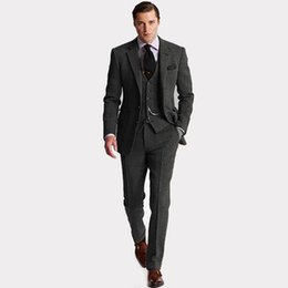 Autunno Inverno Moda Dark Grey Tweed Smoking dello sposo Notch Risvolto Due bottoni Uomini Abito da sposa Uomini Dinner Party Suit (Jacket + Pants + Tie + Vest) 82