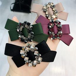 $enCountryForm.capitalKeyWord Australia - Luxury Czech Diamond Women Barrettes Fashion Fabric Bow Tie Hair Clips Christmas Party Lady Hair Clip Hair Jewelry