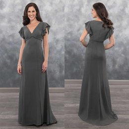 dark grey evening gowns NZ - 2019 Chic Dark Grey Mother Of The Bride Dresses V Neck Cap Sleeve Chiffon Plus Size Wedding Guest Dress Custom Made Evening Gowns