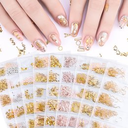 Wholesale 6 styles per set D Gold Metal Rivets Nail Decoration mixed styles Studs Round Animal Moon Nails Shell Sticker Manicure DIY Accessories