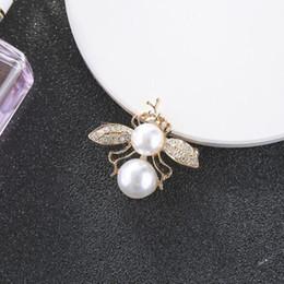 Neue Designer weibliche Unter-Farbe Pin beliebte Perle Tier Brosche hochwertige Brosche Marke Schmuck Geschenk Liebe Qualität