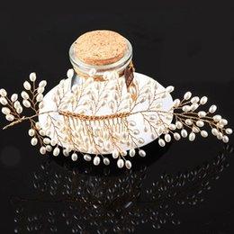 $enCountryForm.capitalKeyWord UK - 2018 Western Wedding Fashion Headdress For Bride Handmade Wedding Crown Floral Pearl Hair Accessories Hair