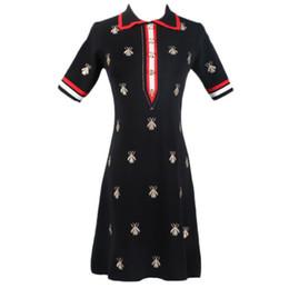 6a1535613010 2019 Лето Новое платье GG женская водолазка с отворотом пчелы вышивка  высокой талией средней длины тонкий вязать платье