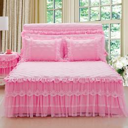 Ingrosso 3Pcs principessa Lace Beige Rosa Viola Bed gonna / Queen / King Size copriletto decorativo domestico di trasporto