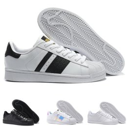 Chinese  2019 Superstar men shoes Wholesale Designer Women Trainers Breathable Runs Casual shoes chaussure Lace-up classic shoes manufacturers