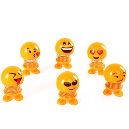 $enCountryForm.capitalKeyWord Australia - Shaking Head Emoji Dolls Springs Dancing Toys Noverty Car Ornaments Funny Items for Home Desk Decoration