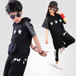 abe5585cb 2018 Summer Toddler Teenage Boys Hip-hop Style 3 Pcs Clothing Set Girls  Dancing Performance Costume Kids Suits With Stars