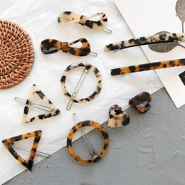 Großhandel Einfacher Stil vielseitig Haarspangen Vintage Leopard Bernstein geometrischen Bogen Pony Clip Seite Clip koreanischen Haarschmuck