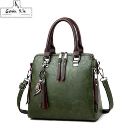 fashion designer handbags sale NZ - Vintage Pu Leather Ladies Handbags Women Messenger Bags Totestassel Designer Crossbody Shoulder Bag Boston Hand Bags Hot Sale Y19061204