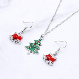 Christmas Gifts Female Australia - 2019 Cute Trend Personality Necklace Pendant Green Mini Christmas Tree Pendant Necklace Christmas Gift For Male And Female Friends