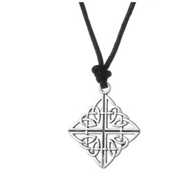 $enCountryForm.capitalKeyWord UK - GX080 Fashion Gift Abstract Wit Owl Pendant Necklace Animal Hollow Charm Necklace for men and women