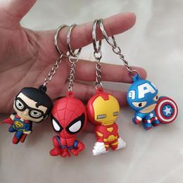 Venta al por mayor de Los Vengadores Figuras Llaveros El Vengadores de Marvel Iron Man Iron Man Capitán América Super-hombre de PVC llavero juguetes para niños