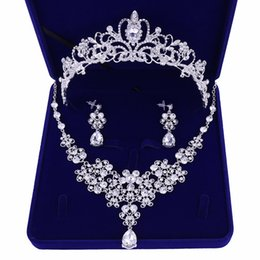 $enCountryForm.capitalKeyWord UK - Silver Plated Flowers Crystal Bridal Jewelry Sets Crown Tiaras Statement Necklace Earrings Wedding Accessories Party Jewelry