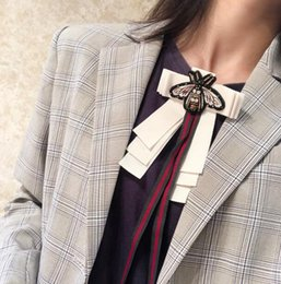 $enCountryForm.capitalKeyWord NZ - New Brooch Bohemian Women's Bow Tie Bow Shirt Lace Bee Long Ribbon Holiday Gift Fashion Accessories