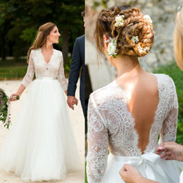 $enCountryForm.capitalKeyWord Australia - Floor Length Country Wedding Dresses Top Lace A-Line New 2019 Sexy V-Neck Open Back Long Sleeve Cheap Beach Bridal Gowns Plus Size