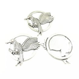 Craft Pendants Wholesale Australia - 5Pcs Vintage Metal Tibetan Silver Tone Pendants Bird In Round Animal Craft Fashion Jewelry DIY MakingFindings 40mm