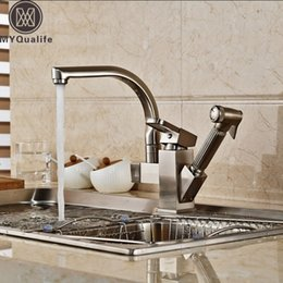 Nickel Kitchen Taps Australia - Deck Mount Kitchen Sink Mixer Faucet One Handle Washing Kitchen Taps with Hot Cold Water Brushed Nickel Pull Out Shower Sprayer