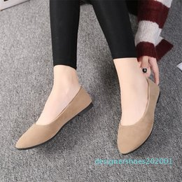 grey suede flats ladies Canada - Plus Size 35-43 Women Flats Slip on Flat Shoes Candy Color Woman Loafers Faux Suede Boat Shoes Ladies Ballet Flats Zapatos Mujer d01