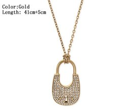 $enCountryForm.capitalKeyWord NZ - 3 Color Heart Shape Letter Rhinestone Necklace Gold, Silver, Rose Gold Color Chain high quality for Women Lady Girl Lady Jewelry