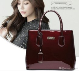 57AQ 2019 women single shoulder bag cross package new style fashion Handbag #96311